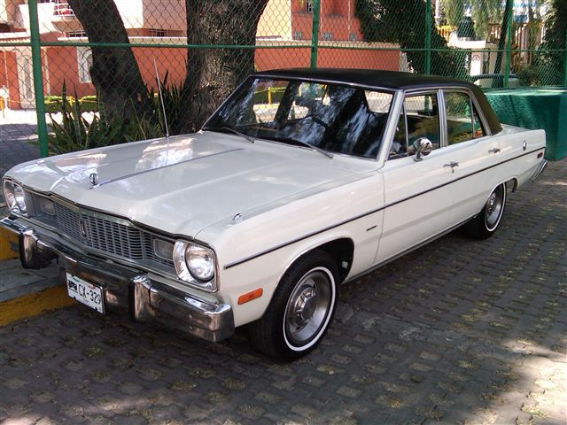 dodge dart 4 puertas sedan 1976 im genes del auto. Black Bedroom Furniture Sets. Home Design Ideas
